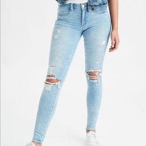 AE Skinny Stretch Jeans Light Wash Distressed Rips